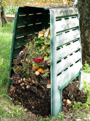 Alcuni consigli per fare il proprio concime per l 39 orto o for Costruire compostiera
