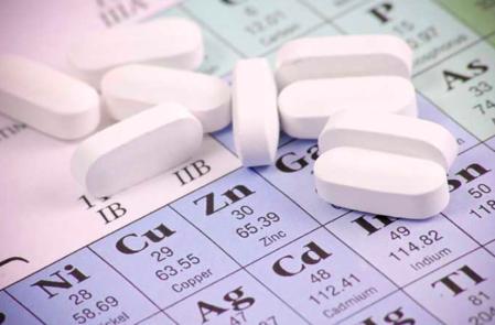 Lo zinco, minerale importante per la salute: quali sono i sintomi della carenza