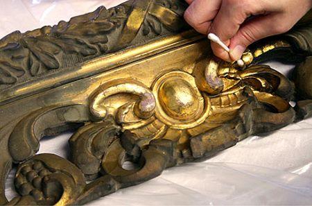 La pulizia delle sculture in metallo: guida tecnica per gli amanti delle soluzioni naturali fatte in casa